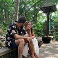 Anitta e Pedro Scooby tornaram o relacionamento público em viagem a Bali, na Indonésia