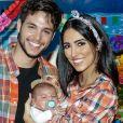 Jade Seba e Bruno Guedes fizeram festa junina para comemorar o primeiro mêsversário do filho, Zion