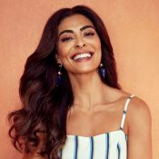 Do vestido floral ao jeans, Juliana Paes posa com as trends da moda. Fotos!