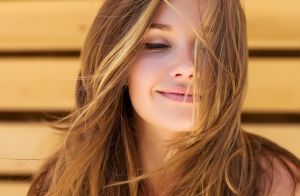 5 dicas essenciais para turbinar o efeito do óleo nos cabelos