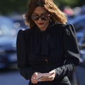 Oito vestidos pretos na liquidação para dar um up no guarda-roupa