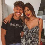 Filho de Gabi Brandt e Saulo Poncio sorri em foto e web compara: 'Xerox do pai'