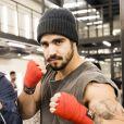 Caio Castro vive um lutador em 'A Dona do Pedaço'