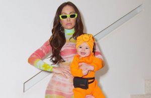 Bebê estilosa! Zoe usa pochete grifada de R$ 3200 em foto com Sabrina Sato