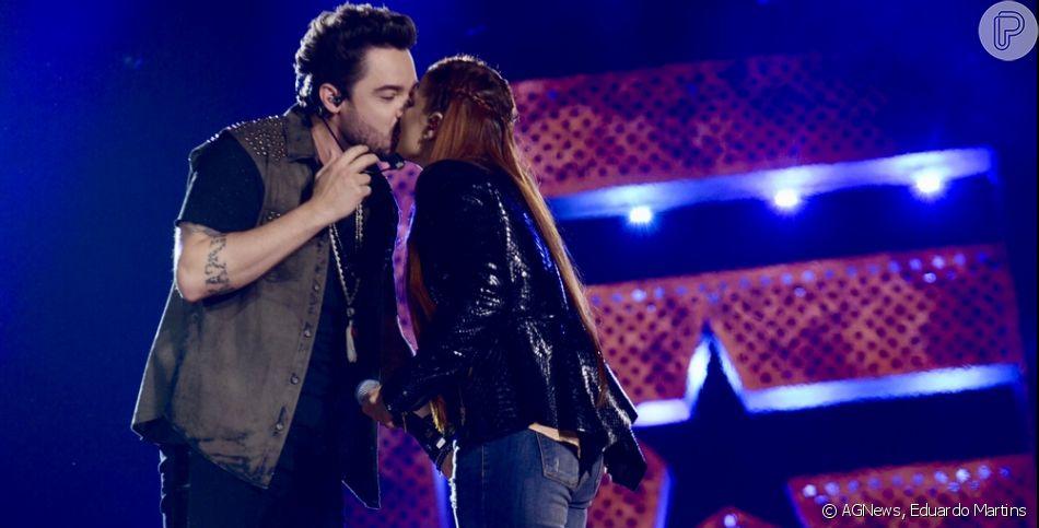 Fernando dá beijo na boca de Maiara ao gravar novo DVD com Sorocaba, o 'Isso é Churrasco', em Indaiatuba, São Paulo, na noite deste domingo, 11 de agosto de 2019