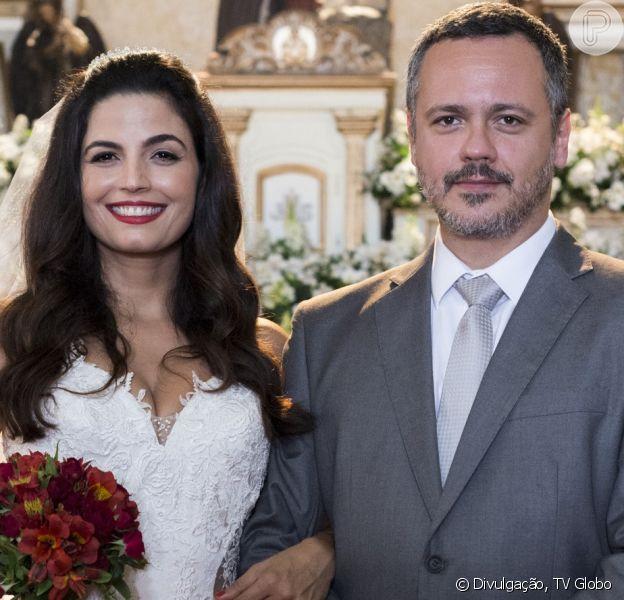 Nos próximos capítulos da novela 'Órfãos da Terra', Almeidinha (Danton Mello) decide se separar de Zuleika (Emanuelle Araújo).