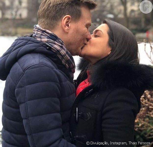 Thais Fersoza se declara para Michel Teló por 10 anos de carreira solo do marido nesta quarta-feira, dia 28 de agosto de 2019