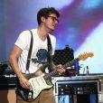 Olha o visual de John Mayer! Será que a separação não fez muito bem ao cantor?