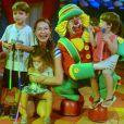 Pedro Scooby e Luana Piovani são pais dos pequenos Dom, Bem e Liz