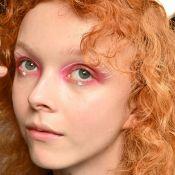 6 maquiagens coloridas e com brilho do backtage da NYFW para usar na balada