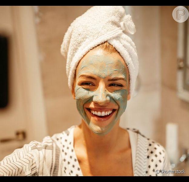 Cuidados com a pele: 5 acessórios de beleza que você precisa ter em em casa para otimizar a rotina