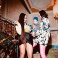 Bruna Marquezine posou com Sabrina Sato e Zoe antes de festa