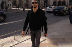 Sem Grazi, Cauã Reymond viaja para Portugal e posta fotos de passeio em Lisboa
