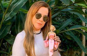 Zilu Godoi exibe sua boneca Barbie em foto e pernas impressionam: 'Maravilhosas'