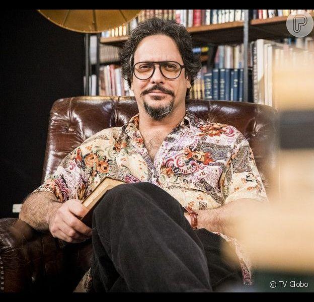Mario (Lucio Mauro Filho) descobre mentira de Silvana (Ingrid Guimarães) e fica famoso com campanha na internet na novela 'Bom Sucesso'