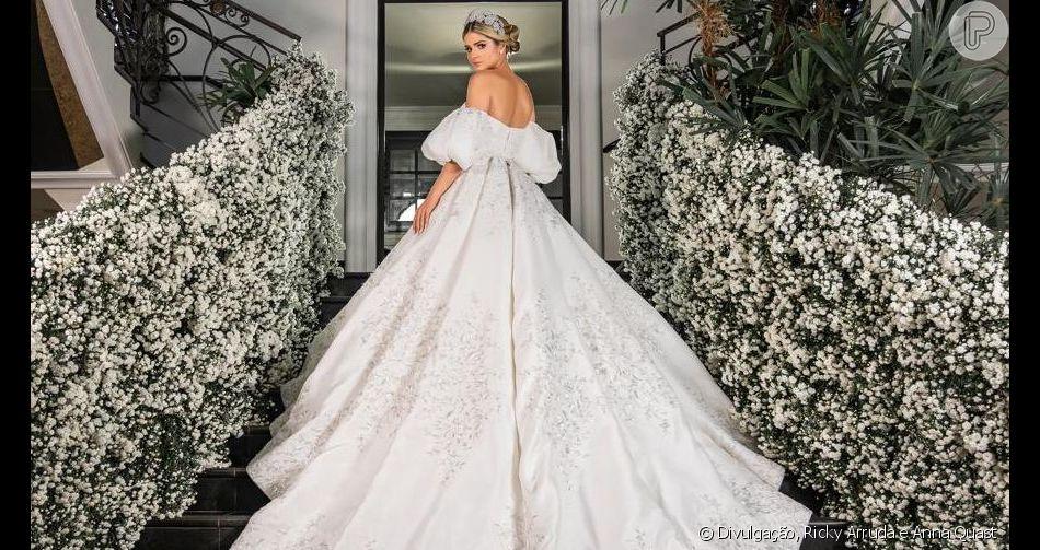 Thássia Naves se casou pela segunda vez com o agrônomo Artur Attie neste sábado, 12 de outubro de 2019