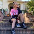 Andressa Suita apostou em um look street style com peças grifadas em Atlanta, nos EUA