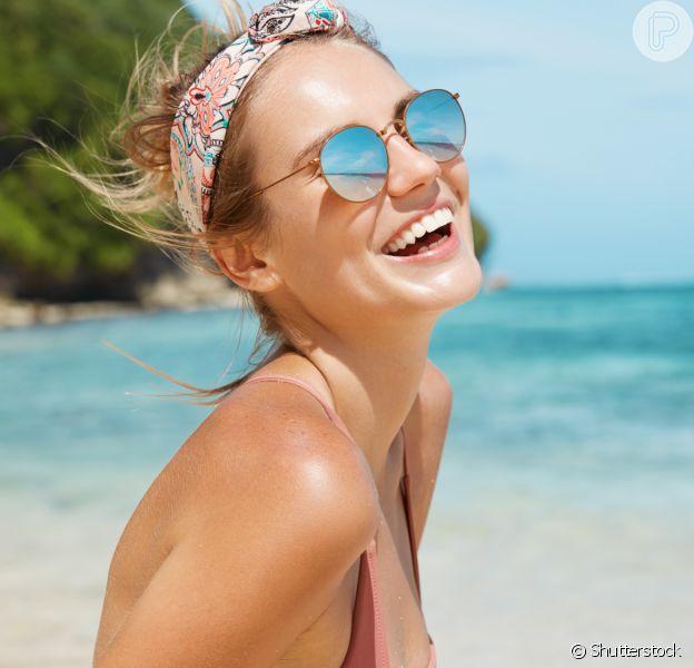 Cabelo no verão: veja como renovar o clássico coque com 3 acessórios e arrasar no penteado!