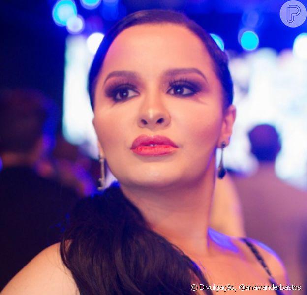 Maraisa, da dupla com Maiara, usou look elegante em festa de gravadora nesta terça-feira, 12 de novembro de 2019