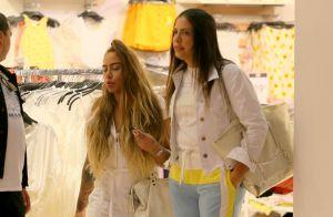 Rafaella Santos retoma visual iluminado e exibe cabelo em dia de compras. Fotos!