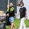 André Marques eSofia Starling foram às compras em supermercado do Rio de Janeiro