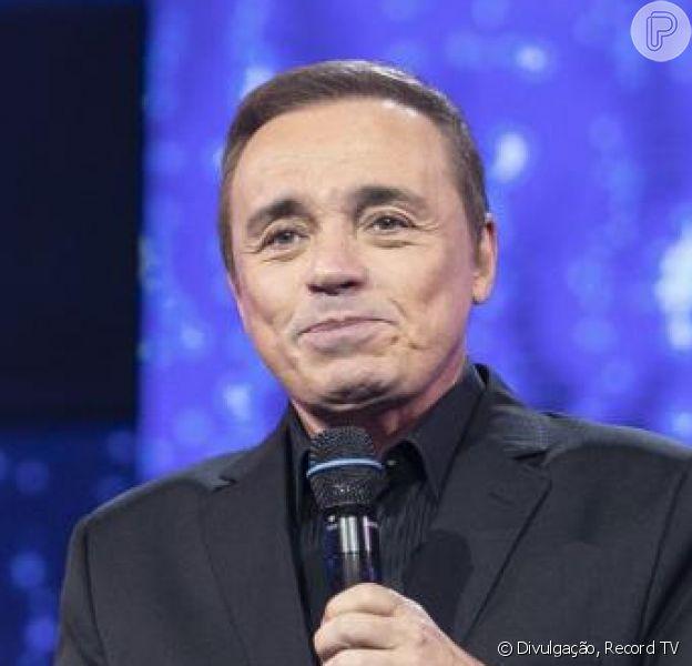 Gugu Liberato emocionou fãs com homenagem feita pela Record TV no fim do programa 'Canta Comigo': 'Chorando muito'. Apresentador morreu no dia 22 de novembro de 2019