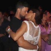 Juliana Paes dança no meio do público e beija marido em pré-réveillon no Ceará