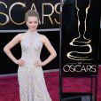 Amanda Seyfried, atriz de 'Os Miseráveis', usou um vestido Alexander McQueen com apliques