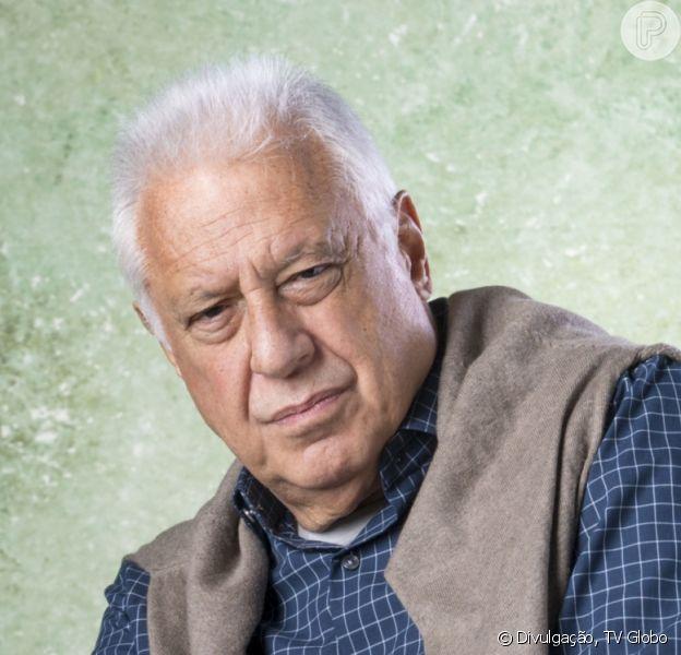Nos últimos capítulos da novela 'Bom Sucesso', Alberto (Antonio Fagundes) se revolta ao ser internado: 'Não quero morrer aqui!'