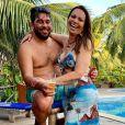 Solange Almeida eLeandro Andriani engataram romance em janeiro de 2017 e ficaram noivos três meses depois. Em julho, os dois se casaram no civil e a cerimônia no religioso aconteceu em dezembro do mesmo ano