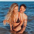 Gabi Brandt vive polêmica no casamento com o cantor Saulo Poncio; músico foi flagrado em clima intimo com morena em boate