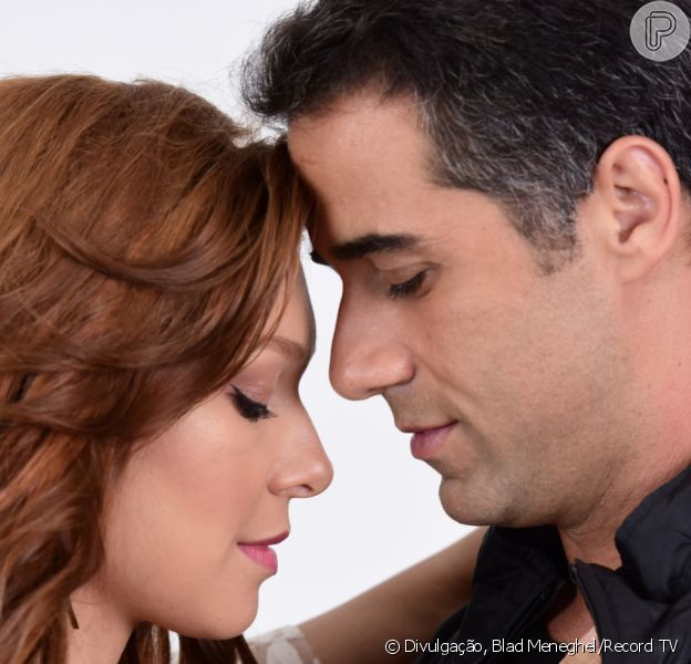 Nos próximos capítulos da novela 'Amor Sem Igual', Miguel (Rafael Sardão) beija Poderosa (Day Mesquita) após flagrar a garota de programa no quarto com Hugo (José Victor Pires)