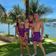 Em foto com a mulher, Thais Fersoza, e os filhos, Melinda e Teodoro, Michel Teló admitiu sua paixão por looks parecidos para a a família