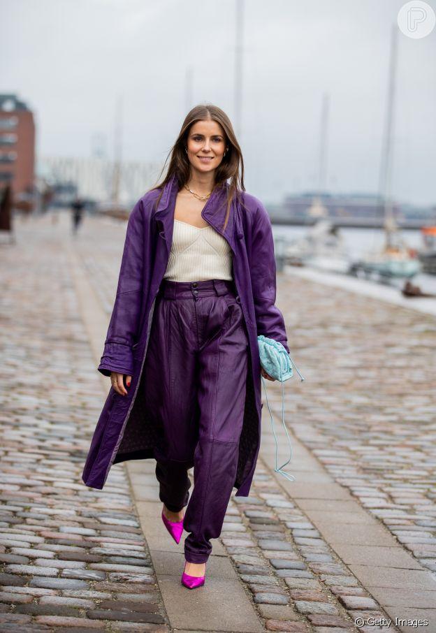 Casaco colorido e comprido é trend naCopenhagen Fashion Week