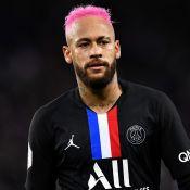 Cabelo rosa, foto em família e polêmica em jogo: saiba como foi o dia de Neymar
