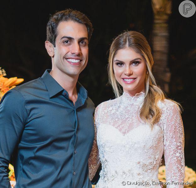 Bárbara Evans e Gustavo Theodoro vão subir ao altar em agosto de 2020