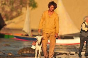 José Loreto sobre sua cabra em novela: 'Se pudesse, levava pro apartamento'
