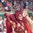 Viviane Araujo arrasou no carnaval com fantasia all red