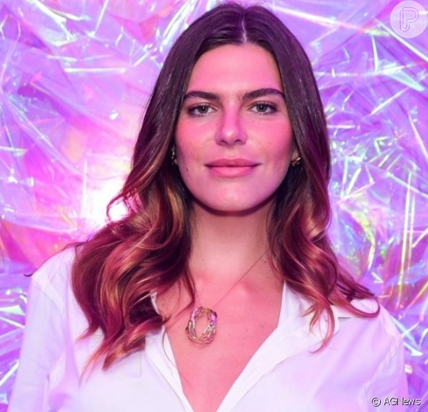 Mariana Goldfarb é alvo de perfil fake em aplicativo de namoro
