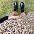 Giovanna Ewbank exibe barriga de gravidez em looks floral