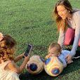Patricia Abravanel compartilha com frequência momentos dos filhos, Pedro (de 5 anos), Jane (de 2) e Senor (de 1)
