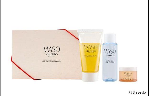 O kit da Shiseido vem com três produtos para cuidar da pele