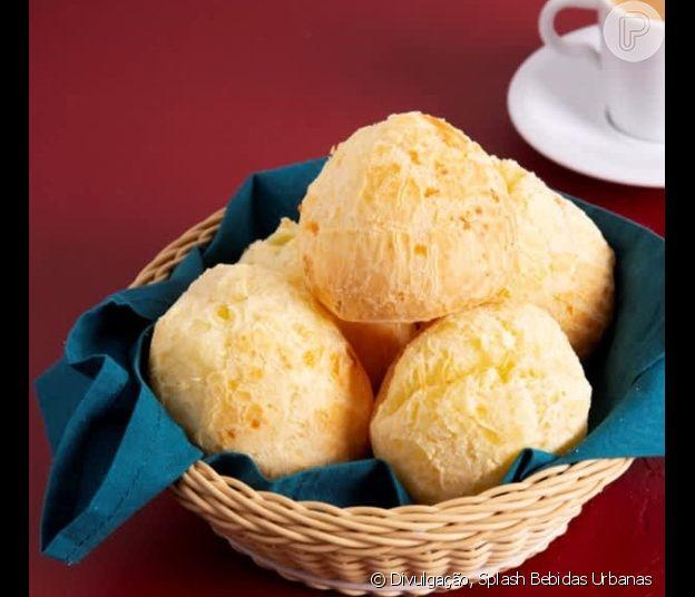 Surpreenda seu amor com uma cesta especial de café da manhã cheia de guloseimas