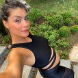 Ex-BBB Franciele Grossi mantem rotina de exercícios na gravidez