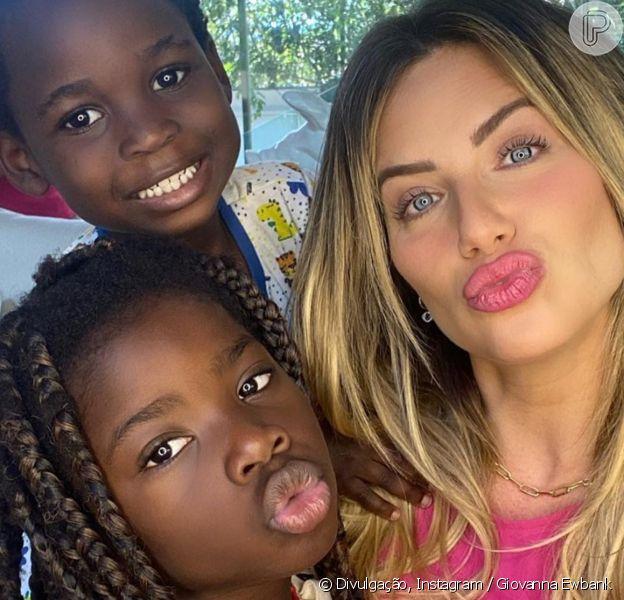 Giovanna Ewbank comemora 7 anos da filha, Titi, com festa em casa, em 20 de junho de 2020