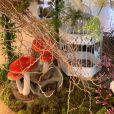 Festa de filha de Simaria tem decoração com cogumelos e gaiola de pássaros