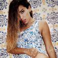 Com look moda praia, Anitta mostra bronze em foto