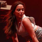 Loira, Anitta faz coreografia e fãs apontam semelhança com famosa. Confira!