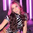 ' Gosto do boy ou girl sendo feliz com quem quiserem', dispara Anitta