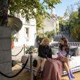 O bairro de Montmartre aparece em cena de 'Emily In Paris'
